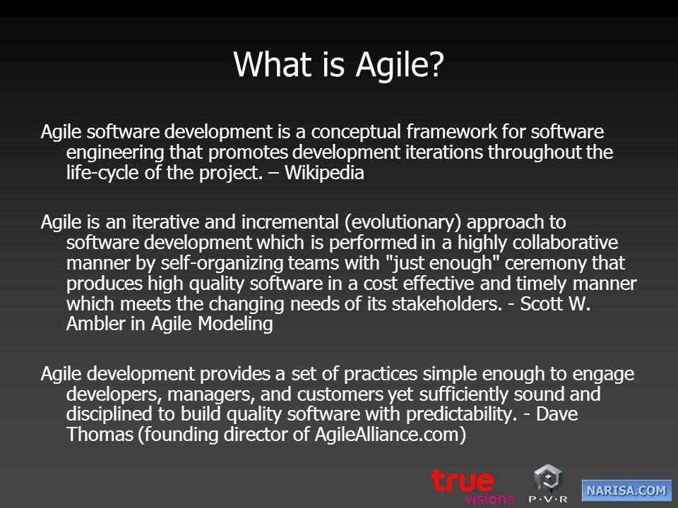 Scrum เป็นวิธีการพัฒนาซอฟแวร์รูปแบบ หนึ่ง ในหลายรูปแบบของ Agile โดยแนวคิดจะอยู่บนพื้นฐานของ Sprint และพุ่งความสนใจไปที่การทำให้สำเร็จ ตามเป้าหมายที่กำหนดไว้ให้ได้ ภายใน 30 วัน