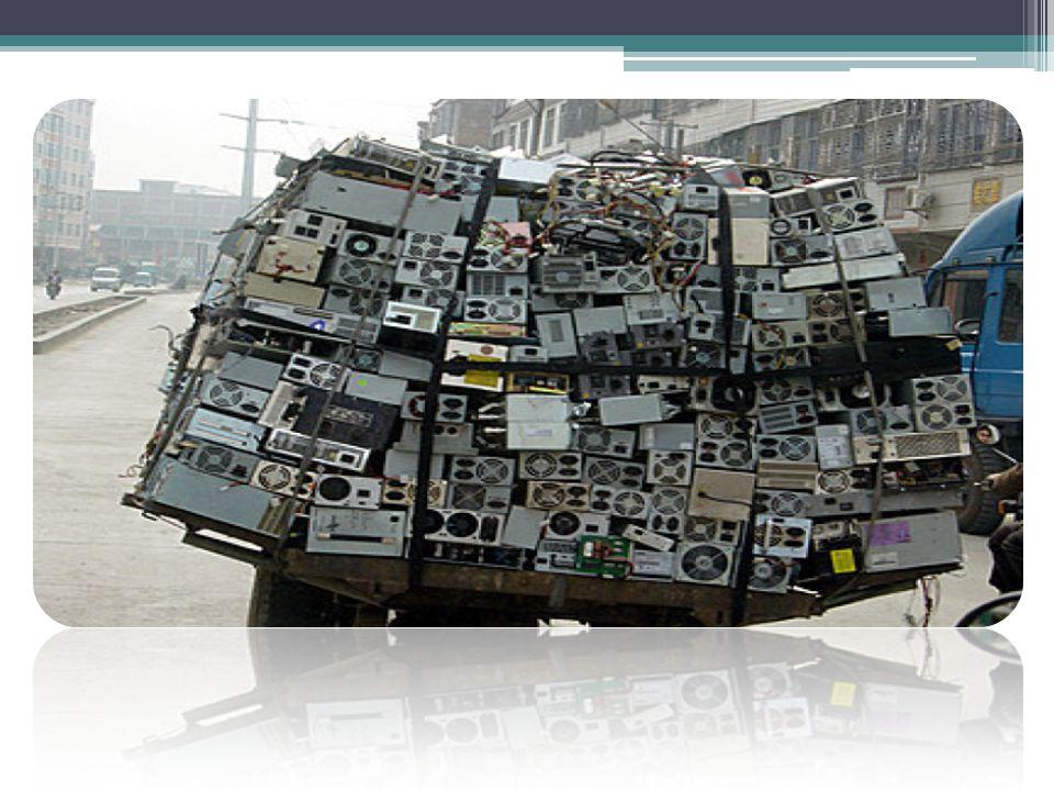 คอมพิวเตอร์เก่าเข้า โรงงานคัดแยก