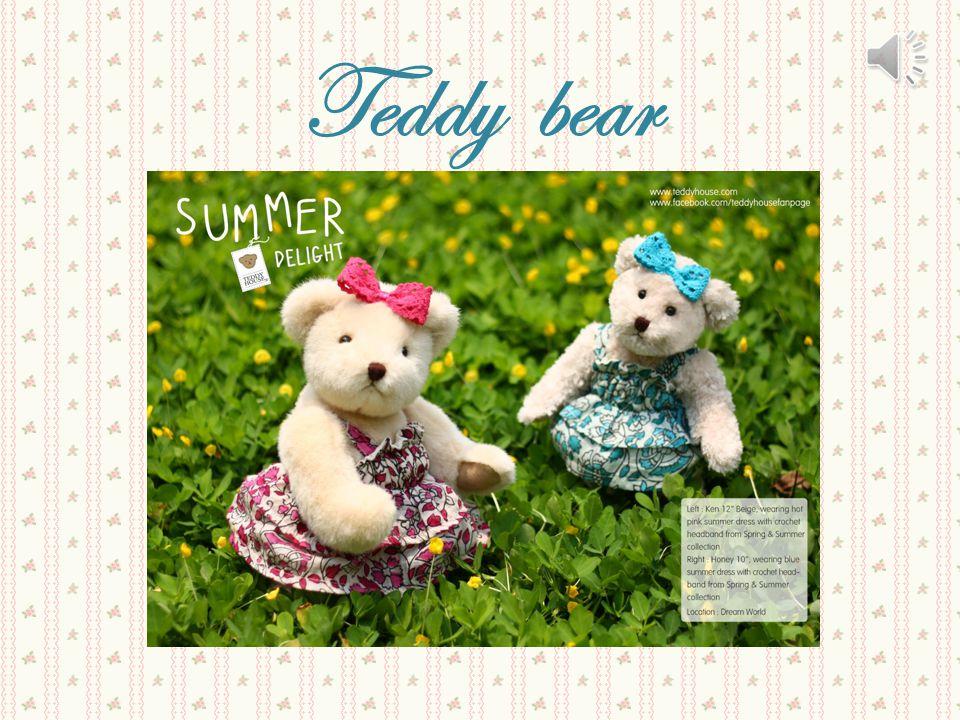 บ้านหมีเท็ดดี้ หรือเรียกสั้น ๆ ว่า บ้านหมี (Teddy House) หมายถึงร้านค้าที่ขายคอล เล็กชั่นหมีเท็ดดีอย่างเป็น ทางการ นอกจากจะขายหมี เท็ดดีแล้ว ยังขายเสื้อผ้า สำหรับหมีเท็ดดี้อีกด้วย