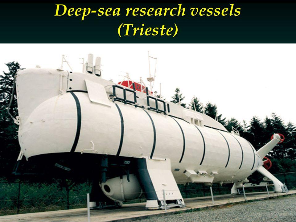 Deep-sea research vessels (Trieste)