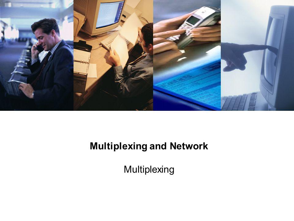 2 Proprietary and Confidential to Accenture Multiplexing Multiplexer เป็นอุปกรณ์ที่ทำหน้าที่รวบรวมสัญญาณจากสายสื่อสารหลายเส้นเข้า ด้วยกัน เพื่อส่งออกทางสายเพียงเส้นเดียว โดยที่สายที่ใช้ส่งออกเพียง เส้นเดียวนั้น จะถูกแบ่งเป็นส่วนๆ เพื่อแบ่งปันและรองรับการส่ง สัญญาณที่รับเข้ามาจากสายสื่อสารเส้นต่างๆ 1 Link, N Channels MUXMUX N Inputs N Outputs DEMUX