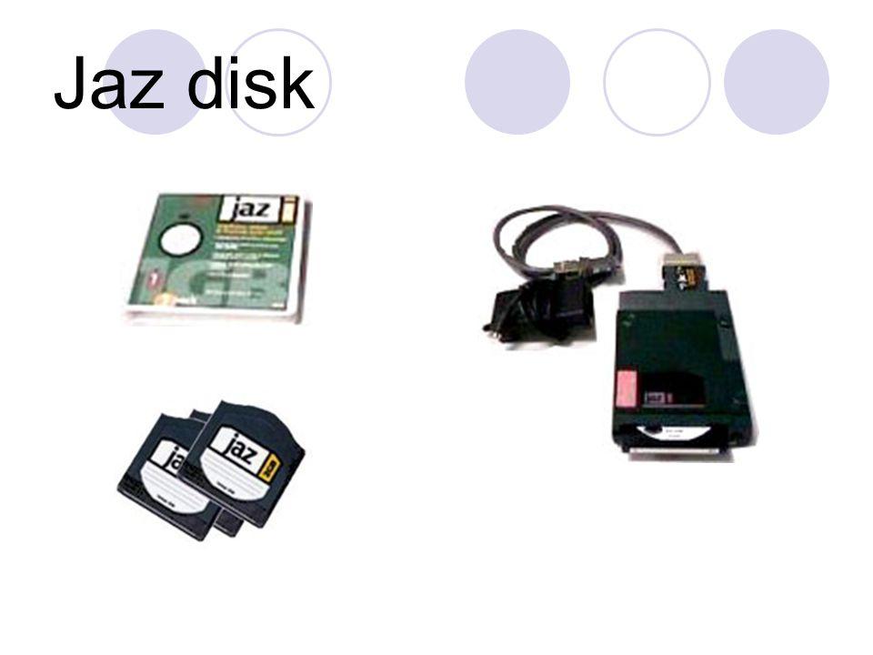 จุดเด่นของ Jaz ก็คือ ขนาดความจุที่ใหญ่กว่า Floppy disk ค่อนข้างมาก และเมื่อเทียบราคา ต่อเมกะไบต์แล้วมีราคาถูกกว่าอย่างเห็นได้ชัด นอกจากนี้แล้วยังสามารถใช้งานได้ทั้งเครื่องพีซี และแมคอินทอชอีกด้วย Jaz นั้นมีข้อเหนือกว่า Zip ตรงที่ขนาดความจุที่ มากกว่านับสิบเท่า ซึ่งจะเหมาะสำหรับงานภาพ หรือวิดีโอดิจิตอล นิยมใช้สำหรับการสำรองข้อมูล (Backup) หรือ เคลื่อนย้ายไฟล์ขนาดใหญ่ เนื่องจากมีความเร็ว น้อยกว่าฮาร์ดดิสก์ และยังมีราคาแพงกว่า Zip หรือ Super disk มาก